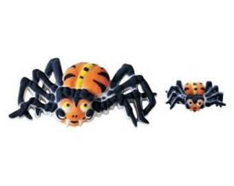 Spider Assorted Edible Sugar Dec Ons-Come packaged in a set of 15; 6 large and 9 small.
