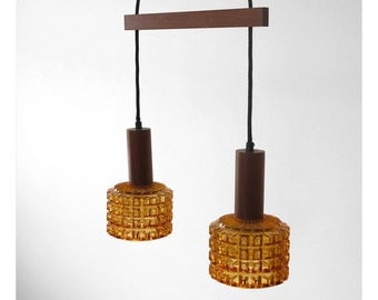 Retro hanging lamp with two pendants on a teak rod