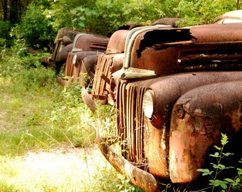 Set (3) Vintage Trucks