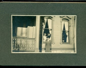 Antique Cabinet Card Type Photo - Identified As Alma Rudolph - Standing Next To House