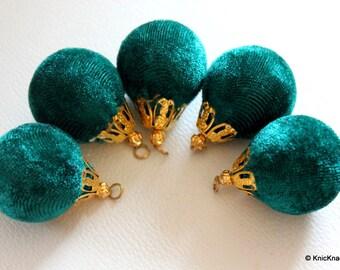 Sea Green And Gold Velvet Bead x 2