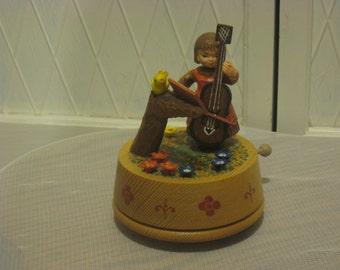 Music figurine.