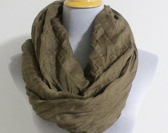 Brown Scarf, Taupe Brown Crinkle Scarf, Soft Infinity Scarf, Lightweight Scarf, Spring Scarf, Fall Scarf, Womens Scarves, For Her, Gift