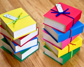 Book shaped favor boxes (Set of 4)