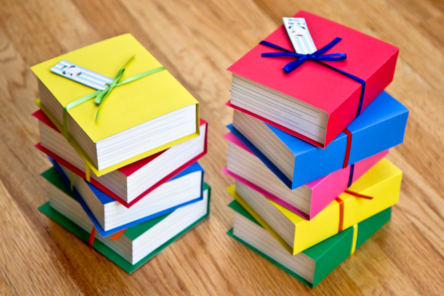 Favor Gift Boxes: Book Shaped Favor Boxes Set Of 4