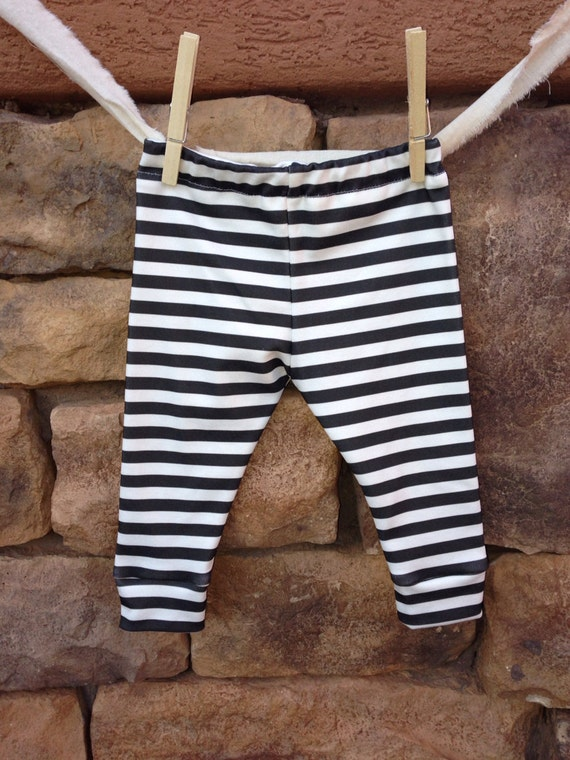 Get the best deals on girls black and white leggings and save up to 70% off at Poshmark now! Whatever you're shopping for, we've got it.
