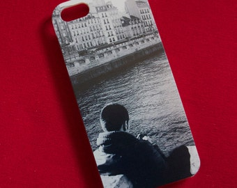 Sitting on the Seine iPhone 5 Cover
