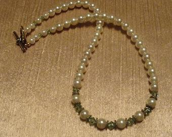 Crystal Necklace - Charming Elegance
