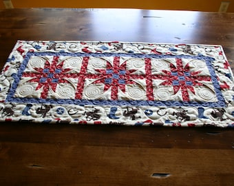 Western Table Runner / Wall Hanging - Custom Quilted