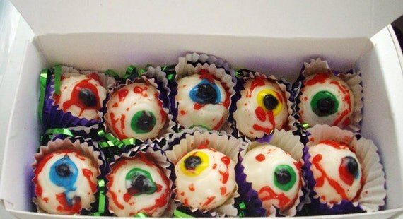 Items similar to Chocolate eyeballs eyes Halloween candy ...