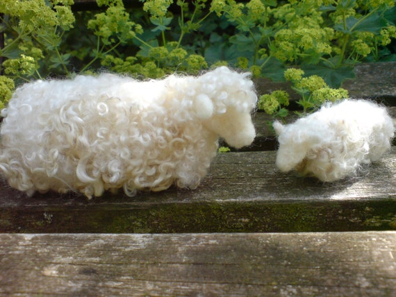 Needle felted Cotswold sheep (Ewe and lamb)