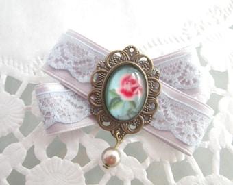 Sugar rose - brooch
