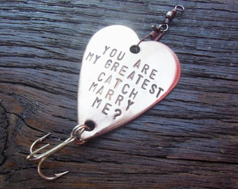 Christmas Proposal Idea Marriage Proposal Valentine's Day Will You Marry Me Ways to Propose Fishing Lure Engagement Girlfriend Boyfriend Men