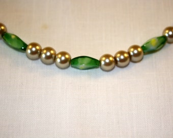 Light Green Peridot Beaded Necklace with Ecru Glass Pearls