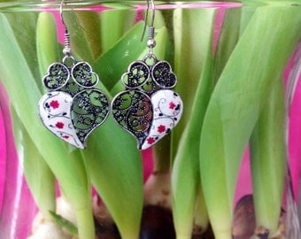 Earrings, of Viana's heart