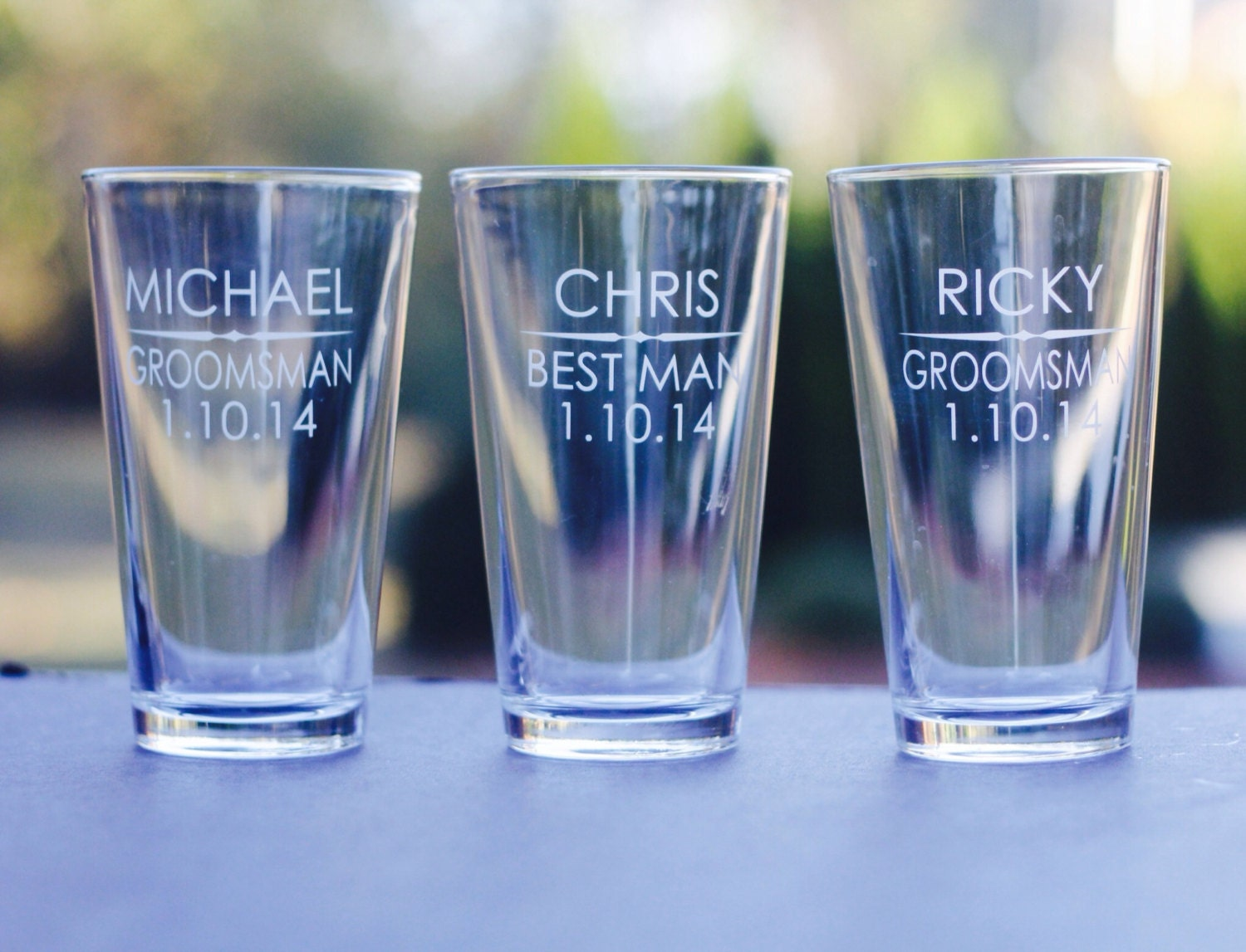 Wedding Favors // Custom pint glasses // Groomsmen Gifts //
