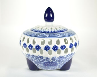 Beautiful Blue Bombay Potpourri