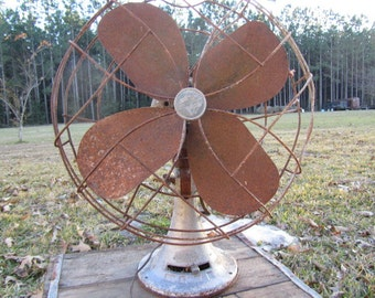 Vintage metal fan,Rusty Fan, Photo Prop,antique fan,