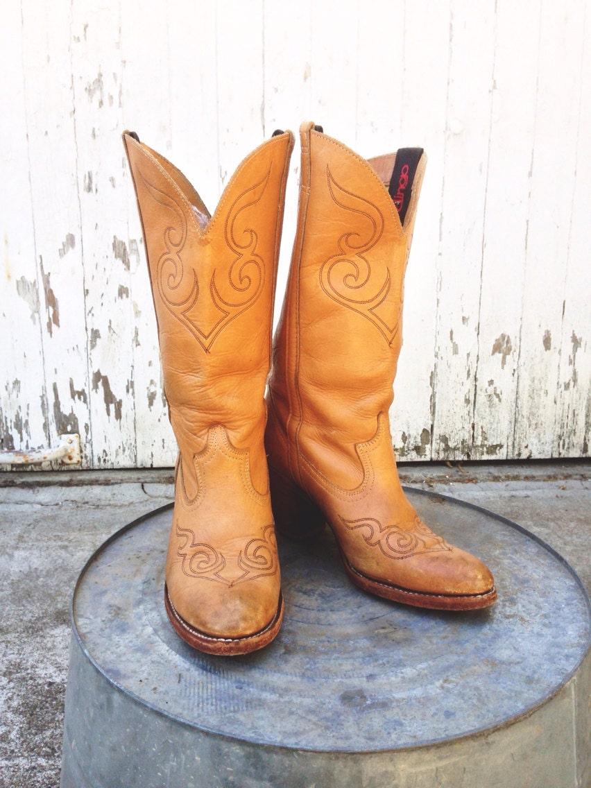 vintage dingo cowboy boots size 8 caramel by huntedfinds