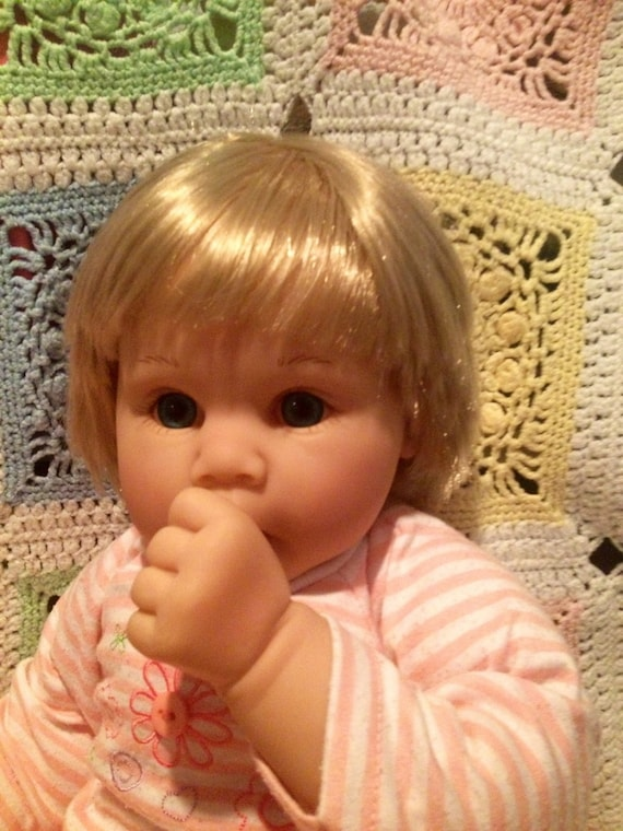 Beautiful Retired Lee Middleton Baby Doll