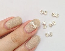 2 Pcs Silver Hello Kitty Style Bow Crystal/Rhinestone Metallic 3D Nail Art Charm / Decorations. Kawaii & Chic