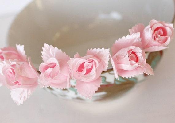 rose buds hair pins white bridal clips silk rose bobby pins wedding hair pins bridesmaid hair pins bridal hair pins rose hair clips
