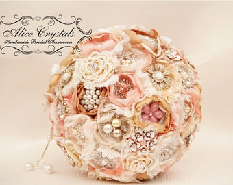 Brooch bouquet. Shabby Chic bouquet. vintage gold, peach, ivory, pink and lace.
