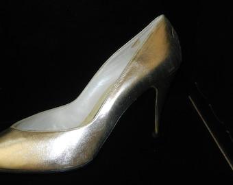 Gold Kid High Heel Pumps by Martinez Valero