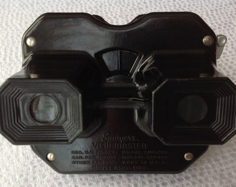 Look into my eyes...Vintage Sawyers View-Master