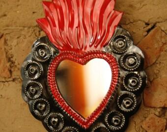 MIRROR HEART