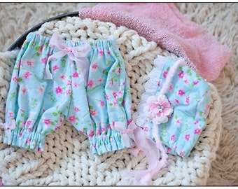 Newborn Baby Girl Bloomers Diaper Cover and Bonnet Photography Prop