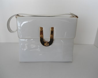 White Spring Classic Faux Leather Kelly Style U Gold Metal Accents  Purse