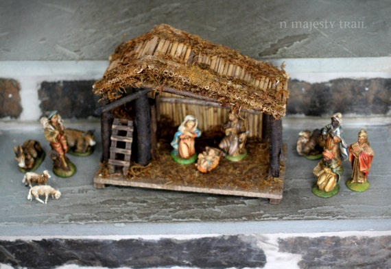 Nativity Set Made In Italy Vintage Beautiful Wooden Manger