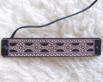 Hand carved leather bracelet - tooled leather jewelry