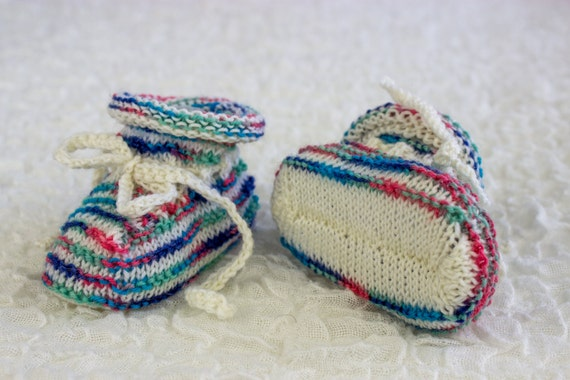 KNITTING PATTERN, Baby Booties, Cute Booties, Tied Baby ...