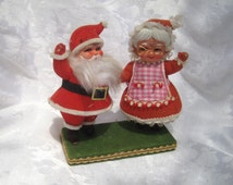 Santa Clause and Mrs. Clause figurine, vintage Santa Clause, Vintage Christmas decor, 1950s Santa