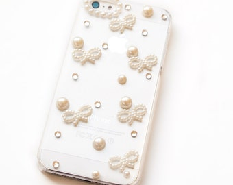 SALE Pearl iPhone 5 case, white iPhone 5 cover