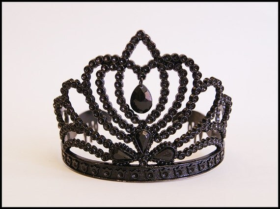 Gothic crown drawing - photo#13
