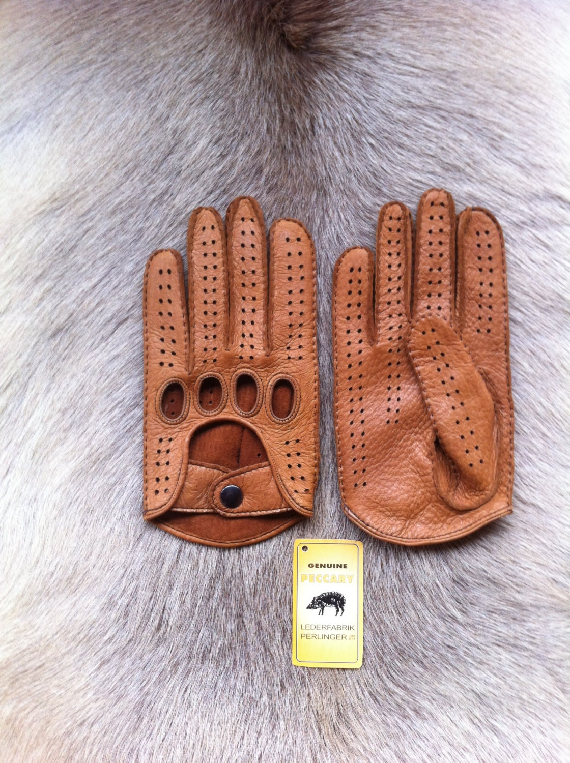 Mens gloves for driving -  Men S Peccary Leather Gloves Driving Gloves Zoom