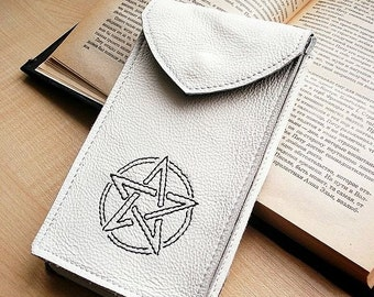 White leather Tarot cards case/cover with pentagram / Whitesnow