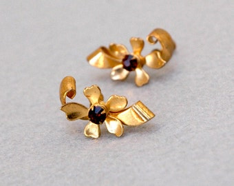 Gold Plated Flower Earrings with Red Rhinestone Center Vintage