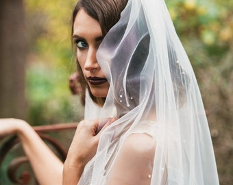 Bridal veil, Finger tip veil with pearls--HARLOW