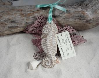 SEAHORSE Sand Ornament FAVORS, Beach Wedding, Destination Wedding, Seaside Christmas, Tropical, Coastal, Nautical, Luau, Beach Party