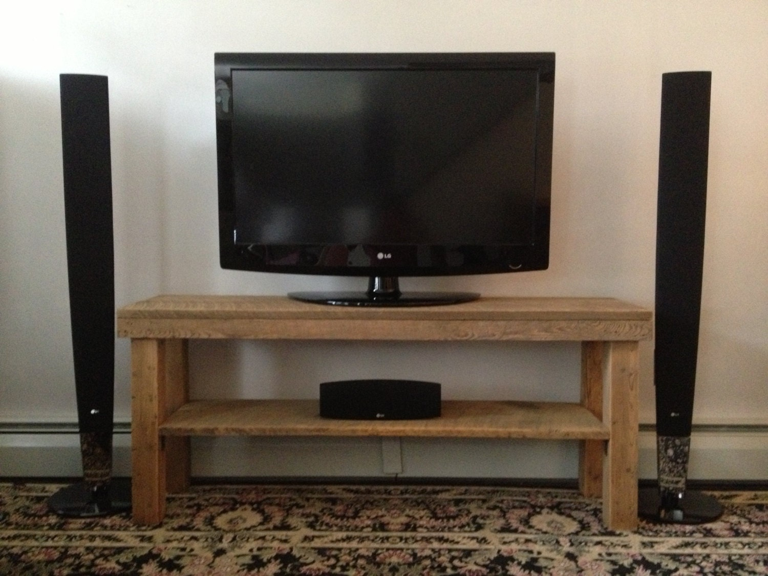 Barn wood tv stand plans free download pdf woodworking - Media consoles for small spaces plan ...
