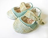 Mint and Gold Mary Jane for Girls, baby shoe, toddler shoe, statement shoe, girls shoes