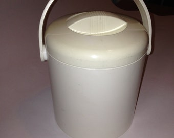 Midcentury modern Pedrini Ice bucket white/ivory made in Italy