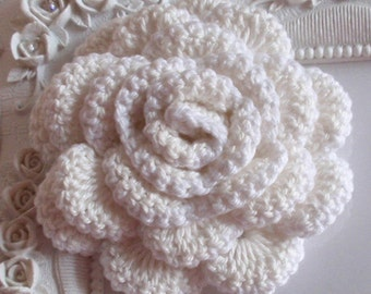Crochet flower applique CH-022-09