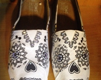 Custom Hand Painted Sugar Skulls Toms- NOTE: Personalized to any design, college, or character(s) you want