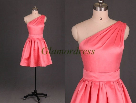 Short watermelon satin bridesmaid dresses on sale,simple one shoulder gowns for prom,elegant holiday dresses,cheap homecoming dresses.