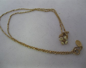 "Avon ""Dogwood Blossom"" Pendant Necklace"